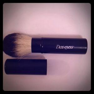 Darkness Face Powder Brush